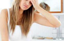 Опасные симптомы при желтых выделениях после родов