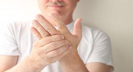 немеет левая рука в мизинце и безымянном пальце