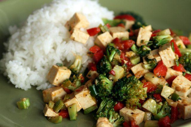 Рис с тофу