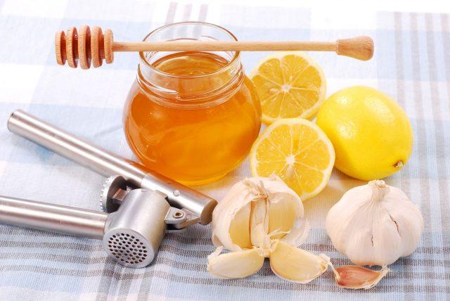 Мёд, чеснок, лимоны