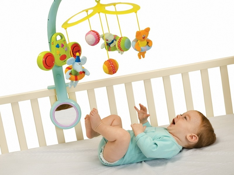 Игрушки для новорожденных от 0 до 3 месяцев своими руками