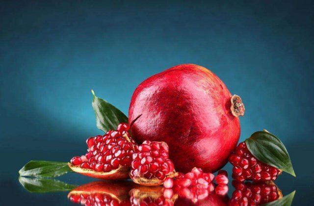 Плоды гранатового дерева