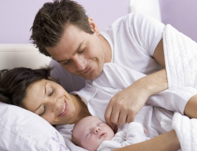 Помощь мужа после родов