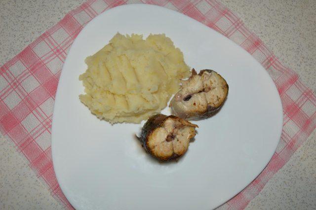 Рыба картофелем