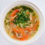 Суп с лапшой, морковью и болгарским перцем