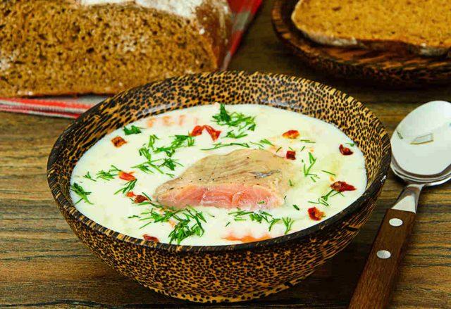 Сырный суп с горбушей