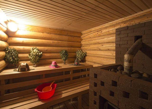 Русская баня, или паровая сауна