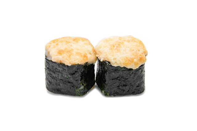 Роллы, запечённые с сыром