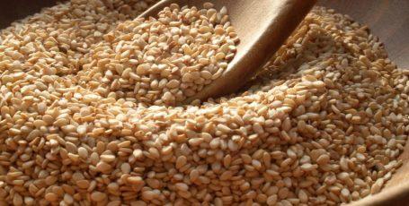 Волшебные семена кунжута в рационе кормящей мамы