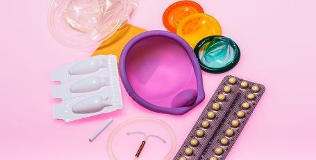 Подходящие методы контрацепции для кормящей мамы