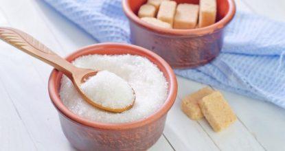 Есть ли место сахару в рационе кормящей мамы