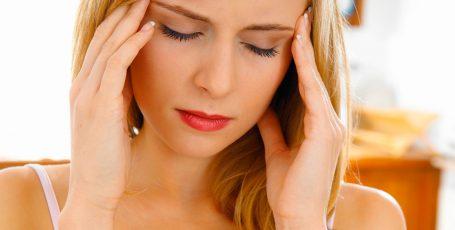 Мучает боль — спасаемся анальгином: уместна ли формула при грудном вскармливании?