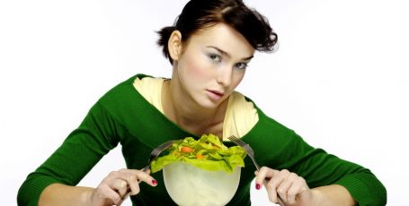 Чем питаться кормящей маме во второй и третий месяцы после родов